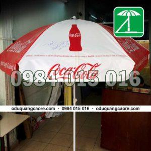 làm ô dù quảng cáo cocacola